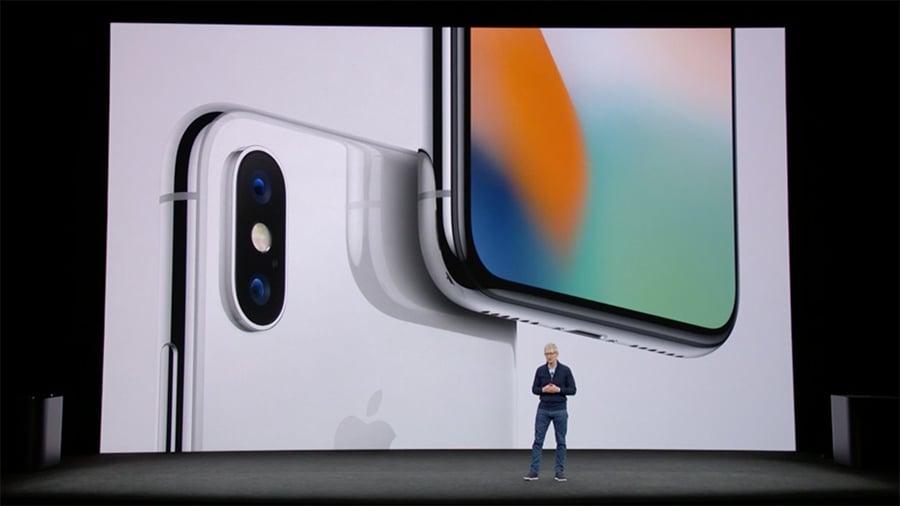 蘋果推出10周年版iPhone X。(視像擷圖)