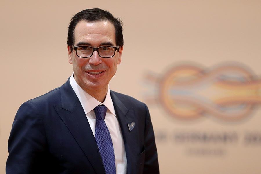 12日,美國財政部長姆欽表示,若中共不遵守聯合國對北韓的制裁,將對中共進行經濟制裁,禁止其進入美國金融體系。(Sean Gallup/Getty Images)
