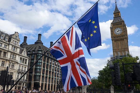 脫歐談判雙方在分手費的問題上觀點分歧嚴重。(NIKLAS HALLE'N/AFP/Getty Images)