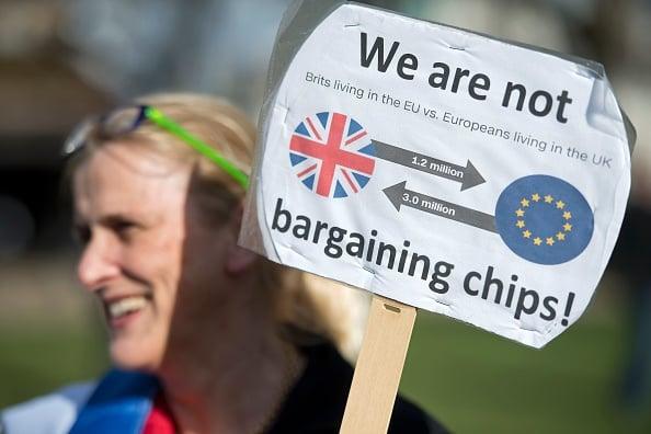 英國計劃脫歐之後繼續歡迎有技術的歐盟移民,但是低技術移民可能會面臨嚴格的限制。(JUSTIN TALLIS/AFP/Getty Images)