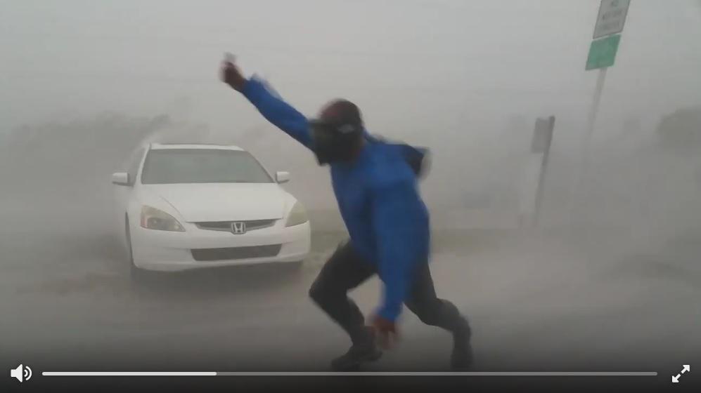 美氣象學家玩很大 鑽進颶風艾爾瑪內量風速