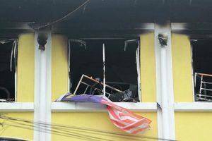 馬來西亞學校大火24死 柵欄擋路學生成焦屍