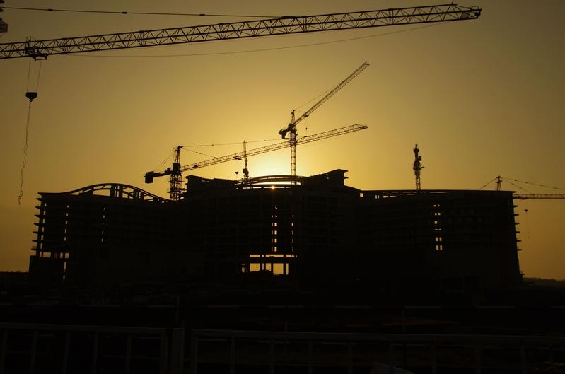 大陸房企面臨資金的問題越來越大,日子難熬。(大紀元資料室)