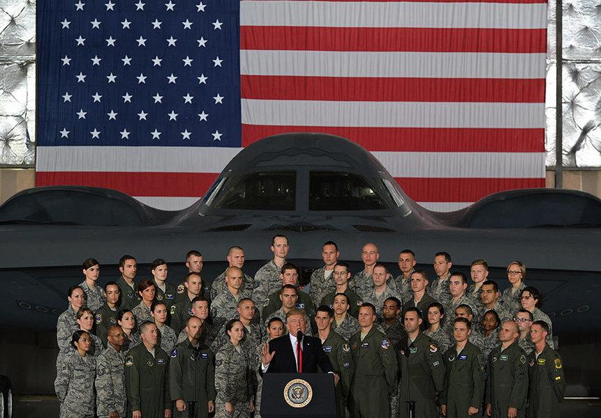 讓敵人聞風喪膽 特朗普:空軍每個都勝湯告魯斯