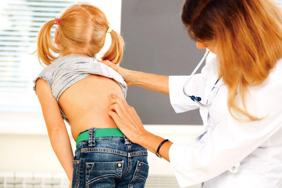 幼童下背痛合併發燒原因不單純