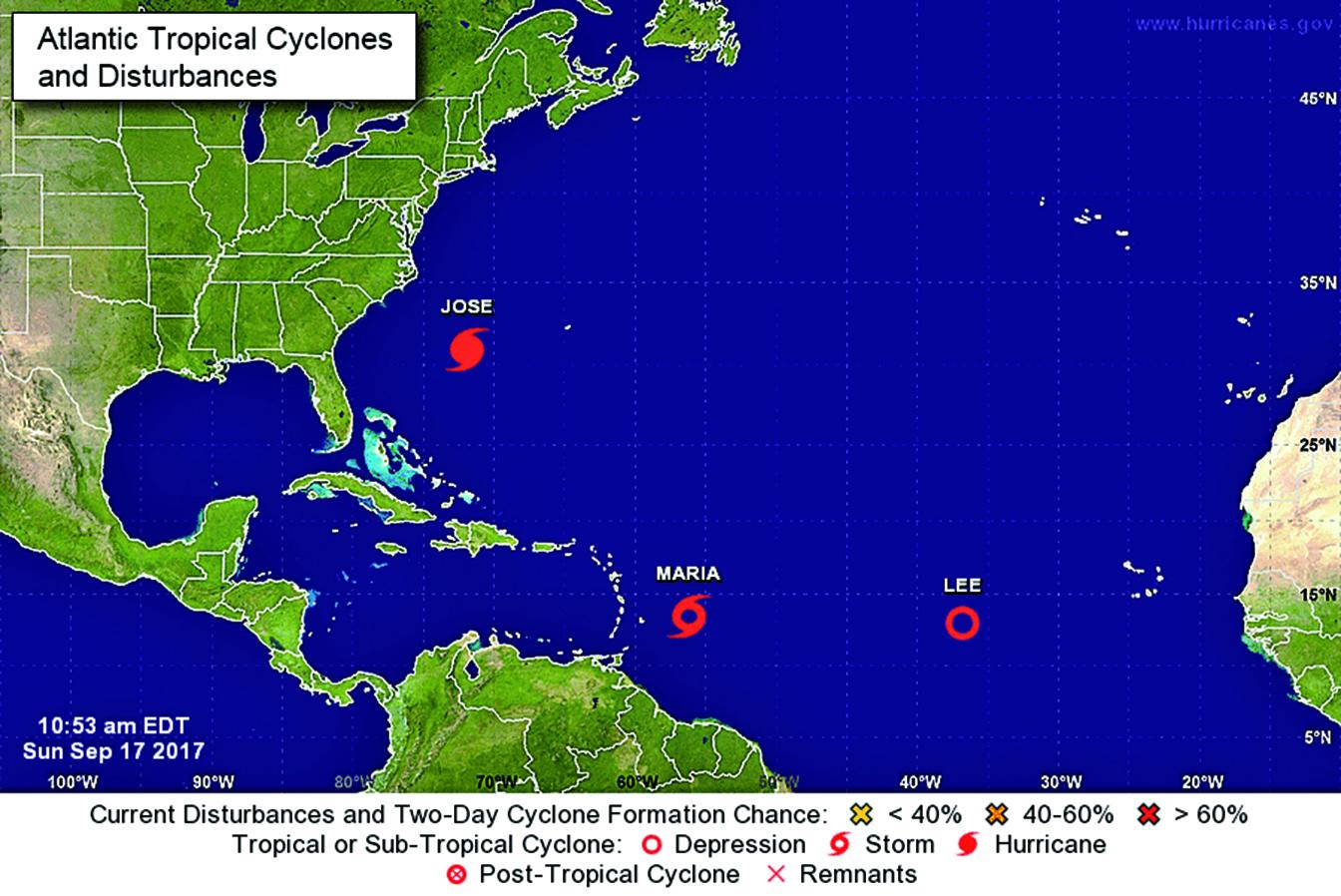 截至周日(17日)上午10:53,大西洋上三大風暴荷西、瑪利亞和李的位置圖。(美國國家颶風中心)