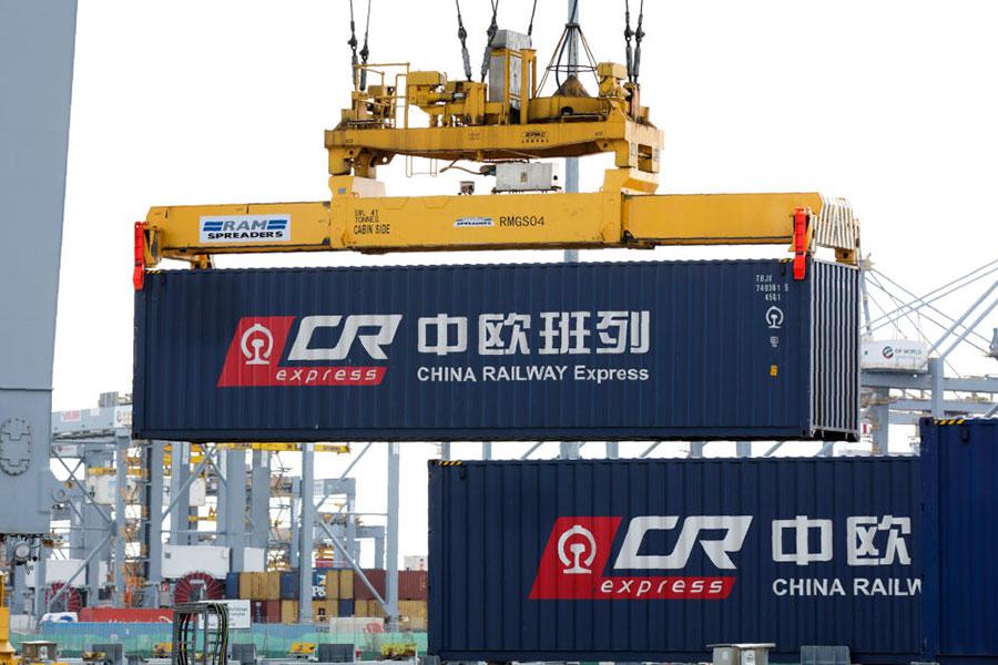 周二(9月19日)歐盟商會公佈了年度報告,詳述了歐洲企業在中國大陸投資的眾多困境。圖為從英國倫敦到中國浙江義烏的列車。(ISABEL INFANTES/AFP/Getty Images)