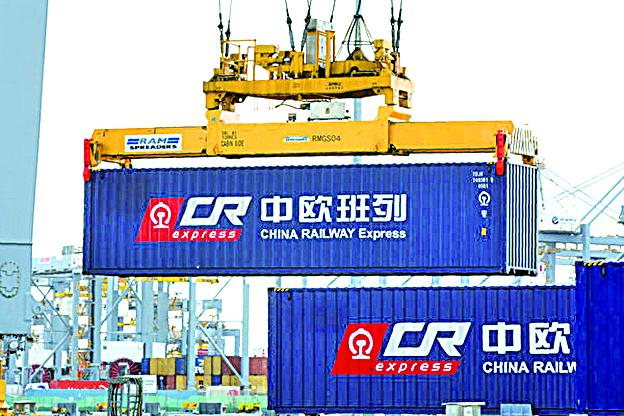 日前歐盟商會年度報告詳述了歐洲企業在中國大陸投資的眾多困境。圖為從英國倫敦到中國浙江義烏的列車。(Getty Images)