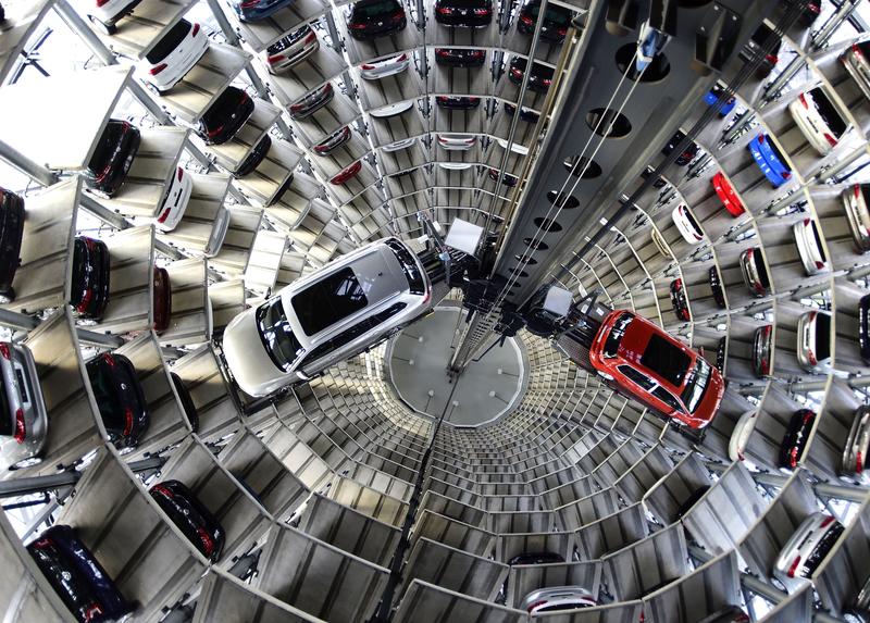 「尾氣門」兩年後 大眾汽車加拿大總部被突查