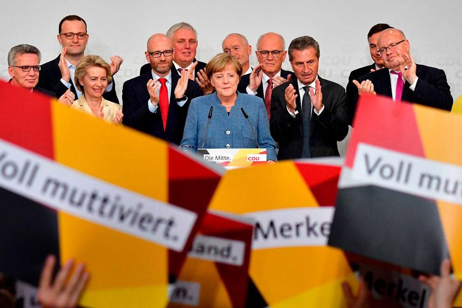 2017年德國大選中雖然聯盟黨還是第一大黨,但其支持率達到歷史最低水平。(TOBIAS SCHWARZ/AFP/Getty Images)