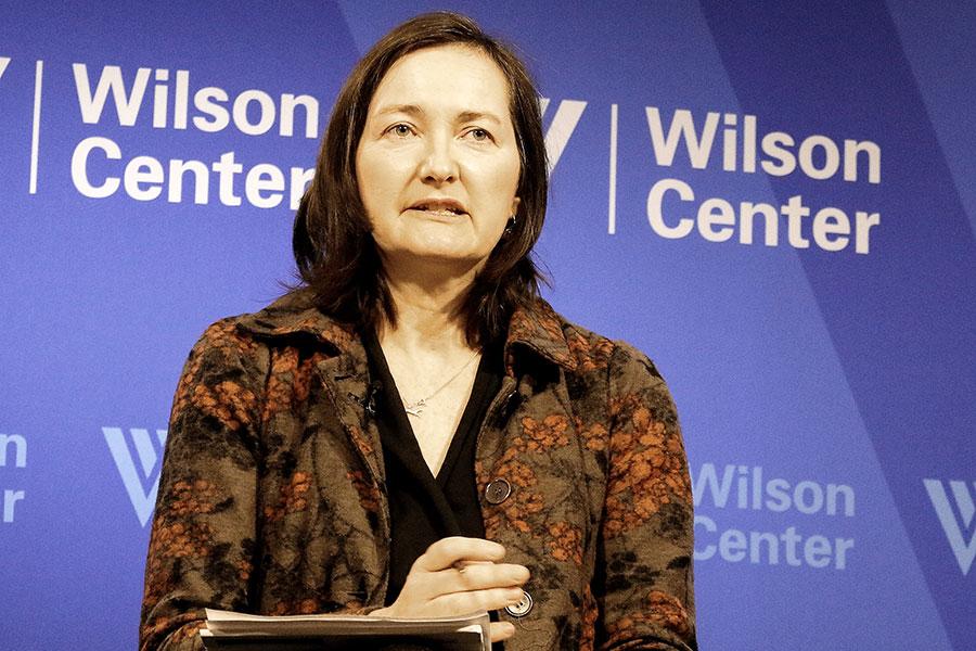 圖為新西蘭著名中國問題專家、坎特伯雷大學教授安−瑪麗・布萊迪(Anne-Marie Brady)去年9月份發表了震撼西方社會的研究報告《魔法武器》(Magic Weapons,布萊迪教授自譯為《法寶》),揭露中共近年來在全球的大規模、全方位的滲透。(Gary Feuerberg/Epoch Times)