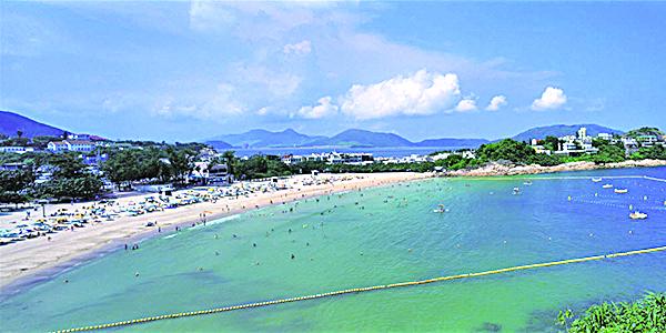 海岸線綿長的石澳海灘。(香港旅遊發展局網頁)