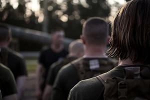 美國女兵通過海陸訓練 242年來首位