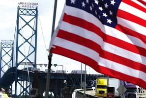 打贏加國政府 美億萬富翁獲批建美加大橋