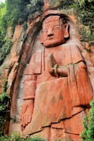 四川藏世界第一大立佛 身世是謎