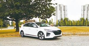 二百公里的續航力 2017 Hyundai Ioniq Electric