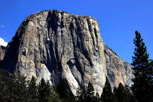 「如公寓大小」加州酋長巨石崩落釀一死一傷