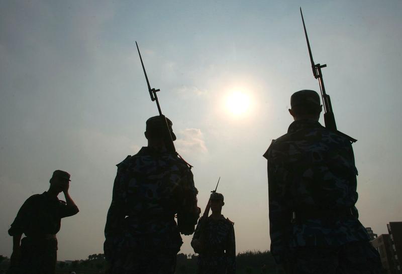 習近平曾指出中共全軍的最大問題是「打不了仗、打不了勝仗」,有的問題是致命的。間接洩露了中共軍隊有多腐敗。(China Photos/Getty Images)