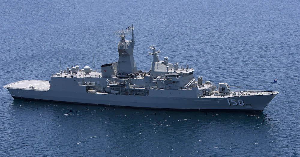 澳洲政府將斥資350億澳元,建造九艘擁有導彈防禦系統的新型護衛艦,這些護衛艦將有能力擊落遠程導彈,包括那些從流氓國家如北韓發射的導彈。圖為ANZAC護衛艦。(澳洲海軍)