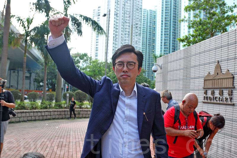 社民連主席吳文遠被控普通襲擊罪,案件昨日開審,他否認控罪。(李逸/大紀元)