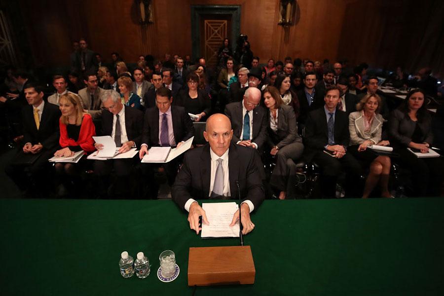 連續兩天,Equifax前公司首席執行官理查德·史密斯接受國會議員拷問。(Mark Wilson/Getty Images)