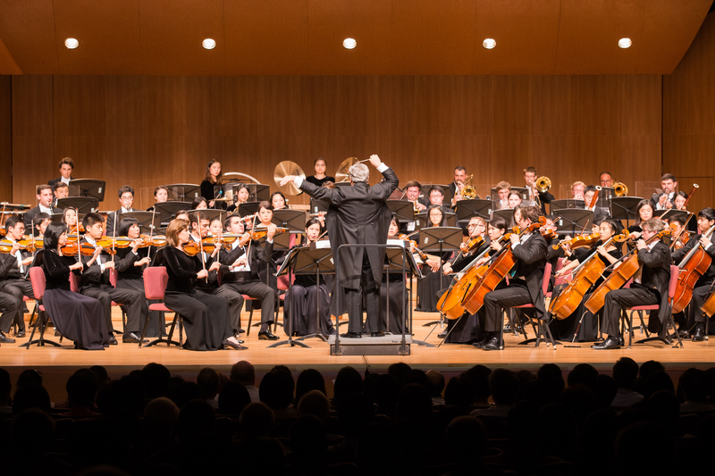 2017年10月3日晚間,神韻交響樂團於台北中山堂舉行演出。(陳柏州/大紀元)