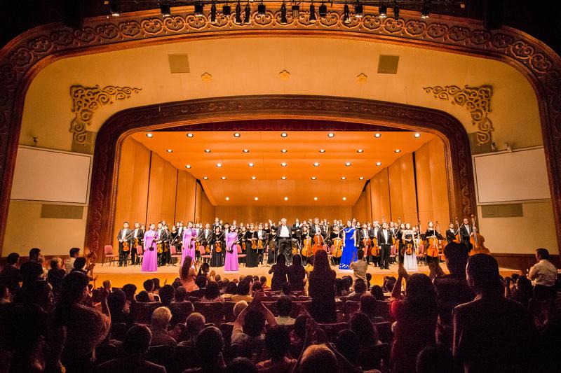 10月3日晚中秋前夕,神韻交響樂團在台北中山堂進行2017年亞洲巡演的最後一場,精彩的演出在一票難求中完美落幕。(陳柏州/大紀元)