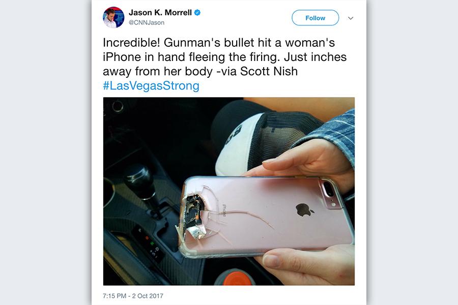 10月1日晚,一名男子在美國賭城拉斯維加斯大肆屠殺無辜民眾,iPhone救了一名女子的命。(推特擷圖)