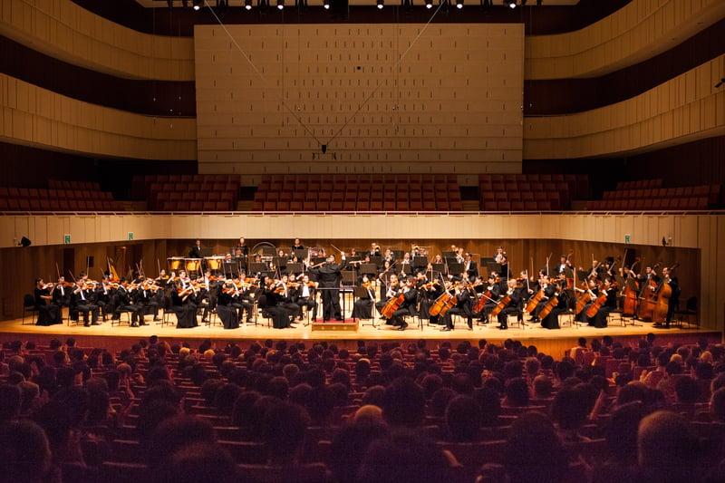 在韓國粉絲的熱切期盼聲中,神韻交響樂團終於首度蒞臨了韓國,2017年9月17日下午於大邱音樂廳展開了在亞洲的第一場巡迴演出。(金國煥/大紀元)