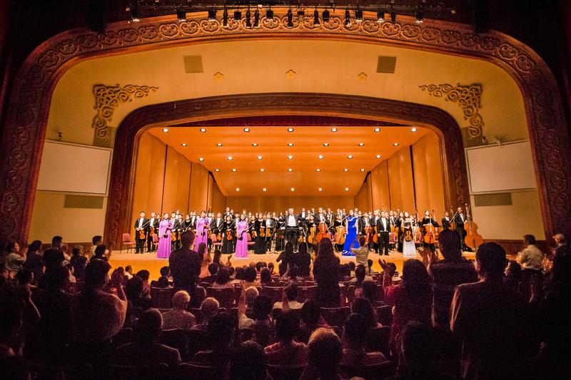 2017年10月3日晚間,神韻交響樂團於台北中山堂舉行台灣最後一場的演出。(陳柏州/大紀元)