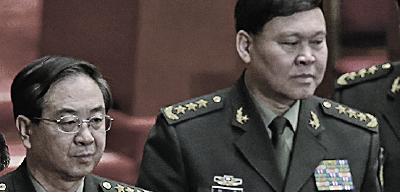 十九大前夕,中共軍委委員房峰輝(左)、張陽(右)分別被免職。(Getty Images)