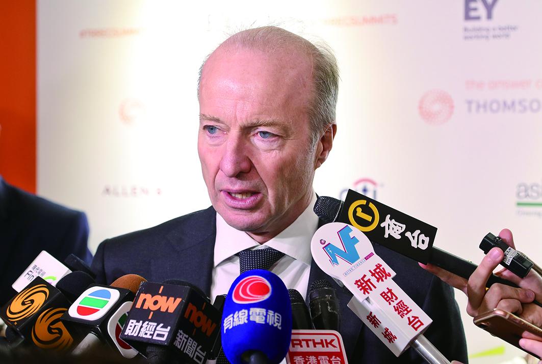 證監會行政總裁歐達禮昨表示,實名制將於明年中旬於港股通推出,至於擴展到其它項目則視乎情況而定。(余鋼/大紀元)