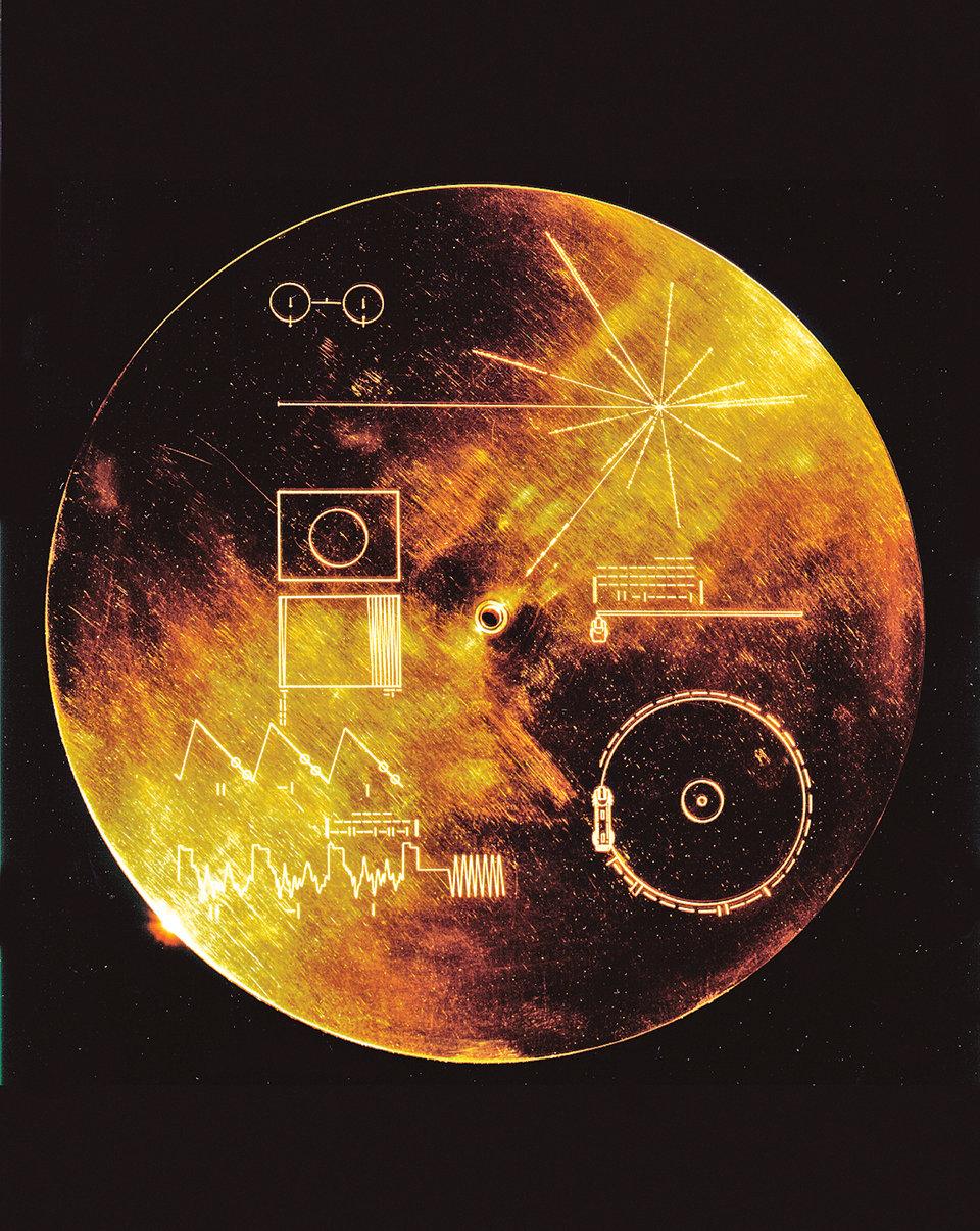 收錄了地球人類文明的聲音和圖像等各種信息的金唱片終於正式向地球人發行了。(NASA)