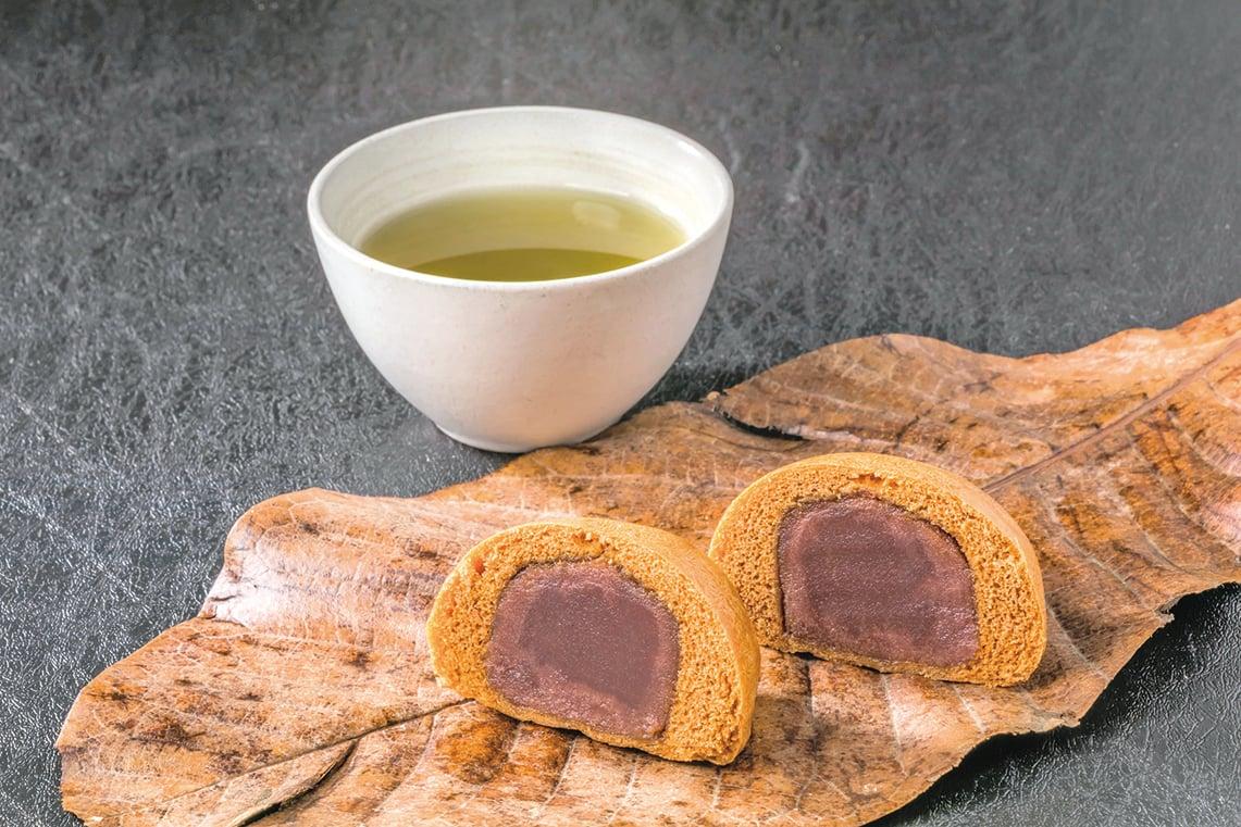 日本饅頭經常包裹著內餡。