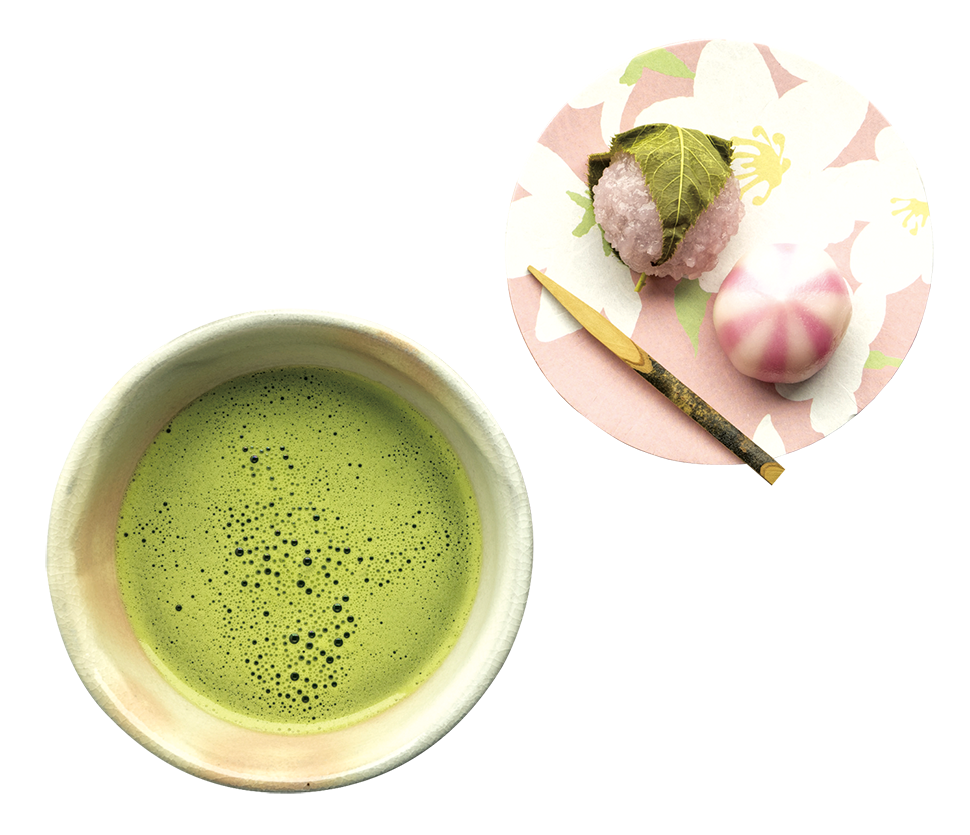 在日本,抹茶通常搭配著和菓子吃。