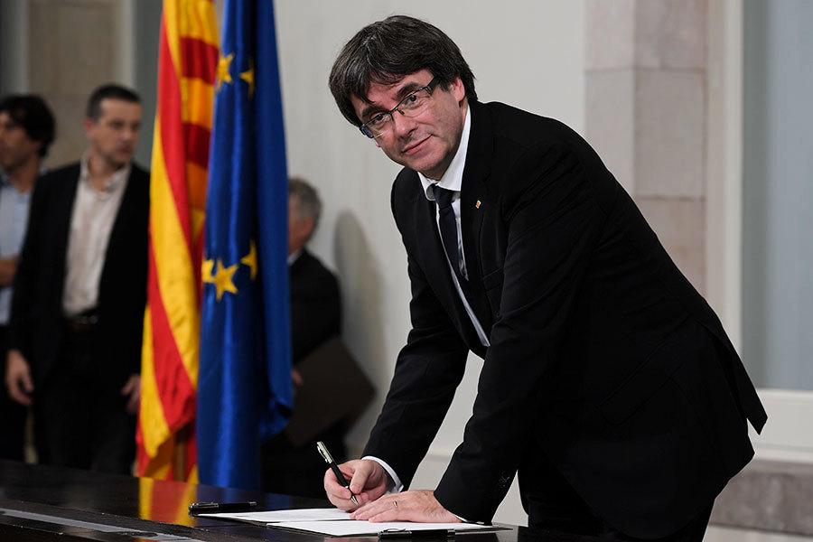 加泰羅尼亞領袖簽署獨立文件 效力不明