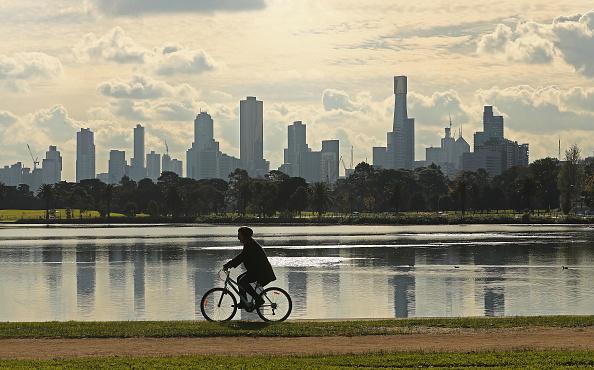 目前在墨爾本營運的oBike共享單車被用戶胡亂丟放,引起多方不滿。公眾會歡迎更多的共享單車嗎?(Scott Barbour/Getty Images)