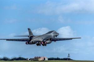 美兩B-1B轟炸機飛越朝鮮半島 日韓戰機護航