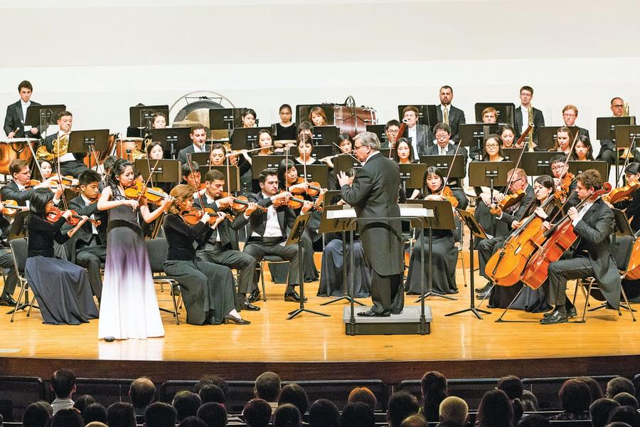 「萬能之神用音樂啟示人間」——台灣大提琴教師讚神韻交響音樂會