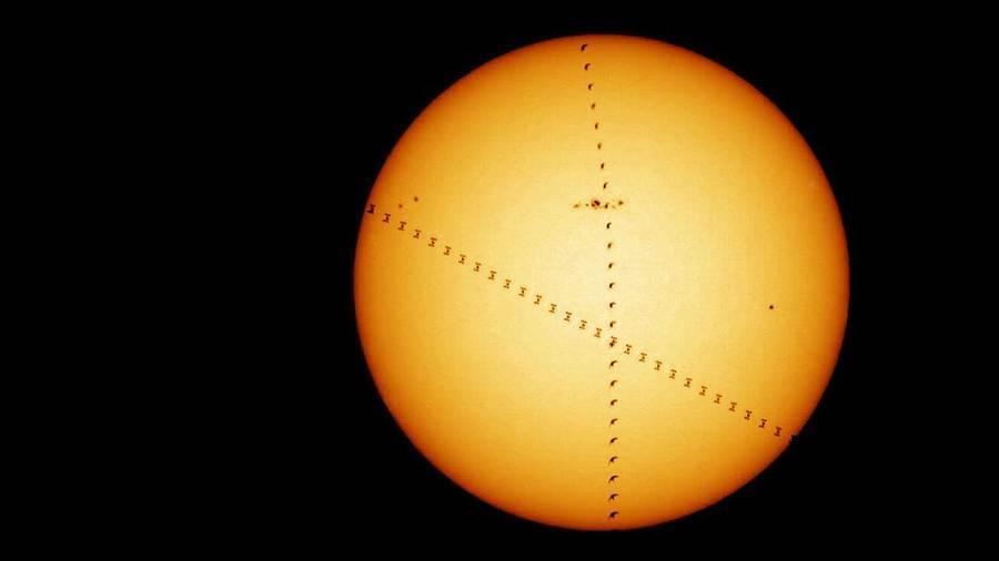 鳥兒伴隨太空站飛掠太陽表面 罕見圖片曝光