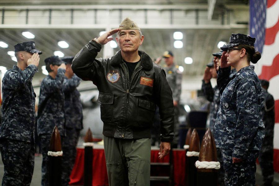 特金會前夕,特朗普正式提名海軍上將哈里斯為美國駐南韓大使,哈里斯是出了名的對華、對朝鷹派人物,曾主張對朝進行軍事打擊。(Jason Reed – Pool/Getty Images)