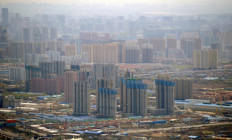 在大陸官方持續調控下,今年前三季度4個一線城市樓市成交創十年新低,其中,北京跌六成。(Ed Jones/AFP/Getty Images)