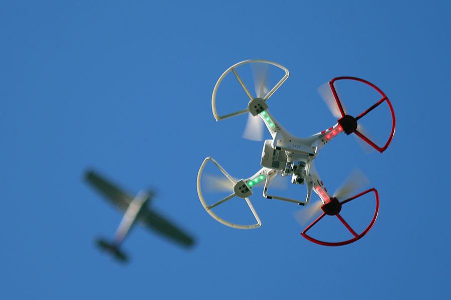 北京警方宣佈10月17日起禁止全市使用無人機(航拍機)。(Drew Angerer/Getty Images)