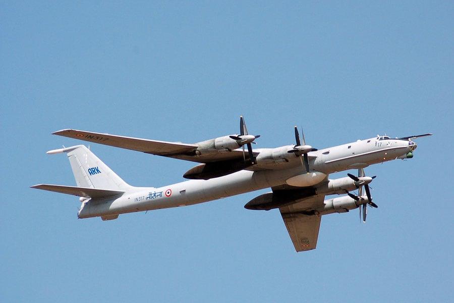 俄羅斯的轟炸機、反潛機等6架軍機,4月11日從3個方向陸續飛航逼近日本領空。圖為一架TU-142型反潛巡邏機。(維基百科公有領域)