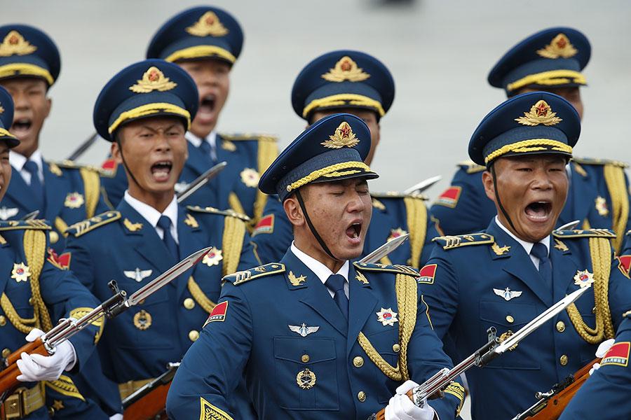 七中全會公報中首次出現「反腐敗鬥爭壓倒性態勢已經形成並鞏固發展」的說法。分析認為,這顯示江曾勢力大勢已去。(Lintao Zhang/Getty Images)