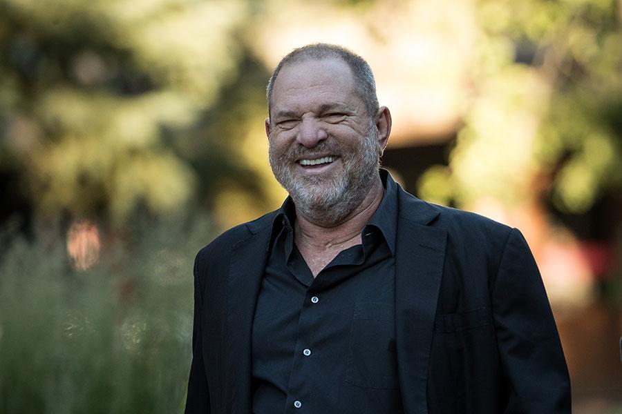 美國影藝學院理事會10月14日聲明說,溫斯坦(Harvey Weinstein)被從學院驅逐。(Drew Angerer/Getty Images)