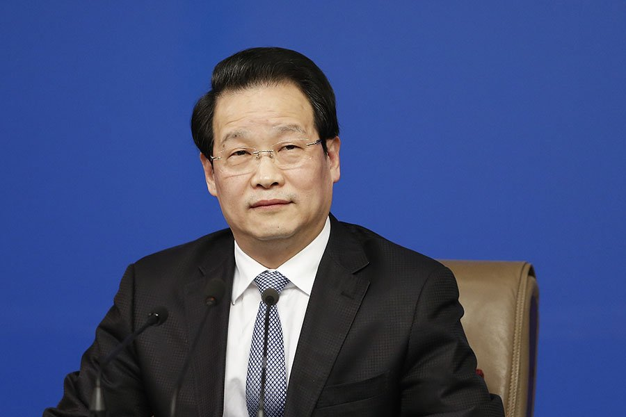 10月14日,被稱為十九大前奏的十八屆七中全會落幕並發佈公報,被追認處分的黨政軍15名高官中,唯一金融監管系統之「虎」是保監會原主席項俊波。圖為資料圖片。(Lintao Zhang/Getty Images)