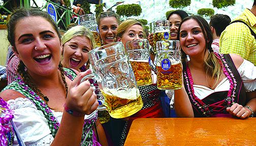 研究發現,啤酒中含有大麥芽鹼,能夠激活多巴胺D2受體,使人感受良好。(GettyImages)