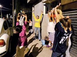 墨西哥地震 法輪功助災民脫離悲痛