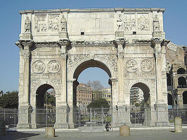 君士坦丁凱旋門。(維基百科)